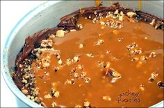 Recipe and instructions on how to make chocolate caramel pecan turtle filling for wedding cakes, sculpted cakes, and all occasion layer cakes