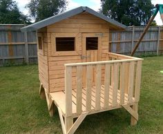 DIY Small Pallet Playhouse For Kids | 101 Pallet Ideas