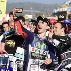 Selfie da Campione del Mondo 2015 per Jorge #Lorenzo