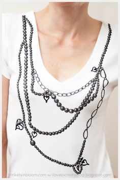 This Trompe L'Oeil Necklace T-Shirt DIY is a fun way to add a simple pattern to a basic t-shirt.