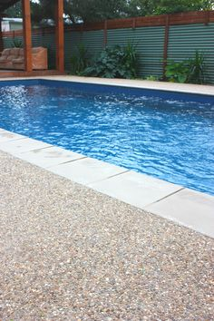 Murray Exposed Aggregate Mix - Poolside www.mawsons.com