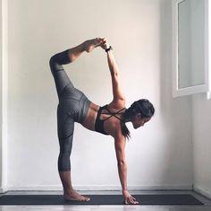 "sassyyogi: "" Midweek loving ✨ #loveandalliscoming #TeamFaster #PumaSG (Instagram: @sassyyogi) (at The Yoga Co.) """