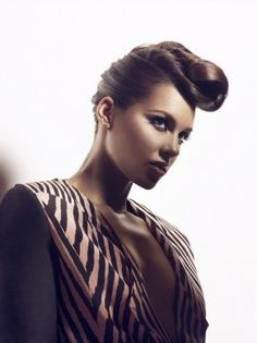 Alicia Keys in Tsemaye Binitie A/W 2011 for Vibe Magazine. <3