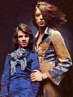 Freddi Burretti and David Bowie (photo by Brian Ward). 1971