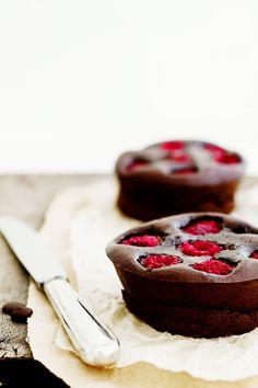 Dark Chocolate and Raspberry Brownie Tarts |erinnish