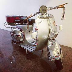 Super vespa 150 vba #scootboot #silver #vespa #classic #vintage #scooter