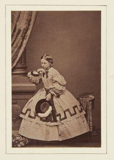 John Jabez Edwin Mayall (1813-1901) - Princess Louise, March 1861 [in Portraits of Royal Children Vol.5 1860-1861]
