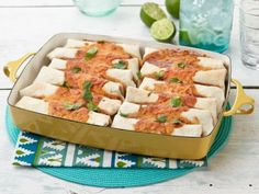 Watch Fajitas, Tacos and Burritos, Oh My! from Food Network Mexican Dishes, Mexican Food Recipes, Beef Recipes, Dinner Recipes, Cooking Recipes, Beef Dishes, Food Dishes, Main Dishes, Appetizers