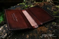 pouzdro na kreditni karty a vizitky z kůže