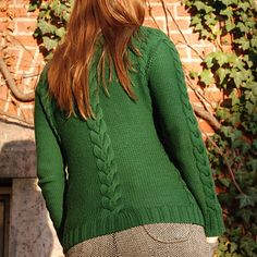 "Gardening Cardigan knitting pattern | herrlichkeiten - a seamless cabled cardigan with built in curves. Sizes 32"" to 42""."