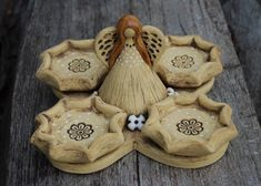 Adventní keramický svícen - anděl / Zboží prodejce malina11 | Fler.cz Advent, Pottery, Clay, Sculpture, Christmas, House, Ceramica, Clays, Xmas