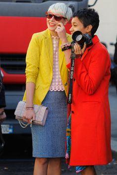 Tamu McPherson and a friend outside Milan's Fashion week.  Just love Tamu's Blog: All The Pretty Birds.....