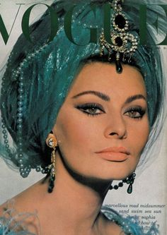 Sofia Loren, Italian actress known for her exotic beauty is still beautiful in 2012.Her eyes!!!