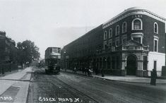 Essex Road at Englefield Road, Islington, c1910
