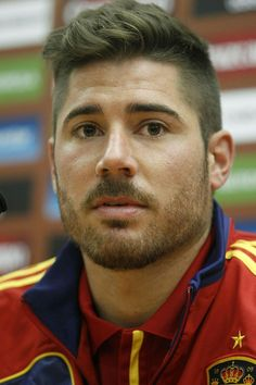 Spain Football, Boy Haircuts, Celebrity Hairstyles, Athletes, Shortish  Hairstyles, Beards, Toddler Boys Haircuts, Boy Cut Hairstyle, Boy Cuts