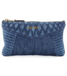 Miu Miu embrace the texture of the season, coating this medium clutch with dark blue denim. Complemented with shiny gold-toned zippers and puffed, quiltedShop for Denim clutch by Miu Miu at ShopStyle. Now for Sold Out. Artisanats Denim, Blue Denim, Denim Purse, Miu Miu, Bag Quilt, Jean Diy, Denim Handbags, Diy Bags Purses, Diy Jeans