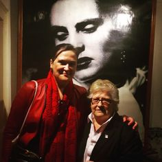An amazing visit to Amália's House Museum. We had the great privilege of being guided by this fantastic lady, Estrela, Amália's personal assistant for 40 years, that took us on a journey through the world of Amália Rodrigues, the best Fado singer of all times. ♡♡♡ #fado #ajourneythroughfado #amalia #amaliarodrigues #estrela #mezzosoprano #amaliahousemuseum #lisbon #portugal #culture #heritage #lisbontailoredtours #lisbonwithpats