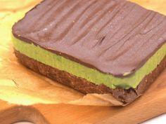 Shrek szelet recept lépés 7 foto Shrek, Sandwiches, Cake, Food, Kuchen, Essen, Meals, Paninis, Torte