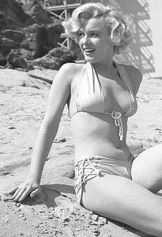 Marilyn Monroe by Earl Theisen, early 1950's