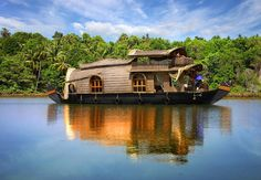 Kerala India is this really Gods Own Country? Kerala India is this really Gods Own Country? Kerala India, South India, India India, Honeymoon Destinations, Amazing Destinations, Romantic Destinations, Honeymoon Ideas, Romantic Travel, Alleppey Boat House