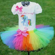 My Little Pony Rainbow Dash Tutu by LorisLittleLovlies on Etsy Fiesta Little Pony, My Little Pony Cumpleaños, Cumple My Little Pony, Little Poney, My Little Pony Birthday Party, First Birthday Tutu, 4th Birthday Parties, Girl Birthday, Birthday Ideas