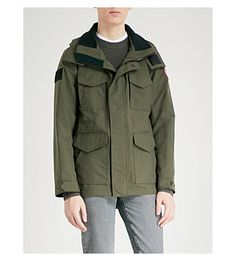 Canada Goose Voyager Hooded Shell Jacket In Dark Sage Army Surplus, Canada Goose, Parka, Military Jacket, Hoods, Camo, Mens Fashion, Shell, How To Wear