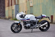 BMW Motorrad announce another addition to the R nineT family, the 70s motorsport inspired 'Racer'. via returnofthecaferacers.com