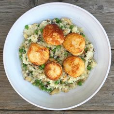 Trader Joes Riced Cauliflower with mushrooms, English peas and seared wild scallops