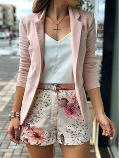 casual women work outfits for summer 13 Mode Outfits, Short Outfits, Spring Outfits, Classy Outfits, Chic Outfits, Fashion Outfits, Fashion Tips, Blazer Fashion, Woman Outfits