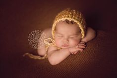 Newborn Photography, Twin Cities, Charlie & Violet, #newborn, http://www.charlieandviolet.com @Sarah Chintomby Chintomby Chintomby Gehrman