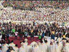 """28/07/2013 - #JMJ2013 agora de manhã na Praia de #Copacabana no #RIO onde o #Papa #Francisco fará a #Missa de #Envio para mais de TRÊS MILHÕES DE PESSOAS em obediência ao """"IDE e PREGAI"""" de #Cristo e na presença da Pres. #DILMA e de muitos outros #PRESIDENTES de várias #NAÇÕES do #MUNDO. Foto G1"""