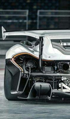 (°!°) McLaren P1 GTR #boullediamondcoating @boulleluxury #boulleluxury