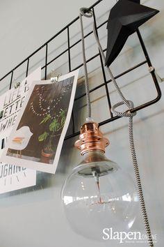 Mooie boxsprings bij www.slapenonline.nl #lookbook #boxsprings #industrieel #inspiratie #slaapkamer #showroom