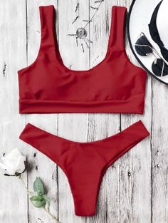 SHARE & Get it FREE | U Neck Bralette Thong Bikini Set - Red MFor Fashion Lovers only:80,000+ Items • New Arrivals Daily Join Zaful: Get YOUR $50 NOW!