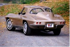 '63 Corvette split window coupe.