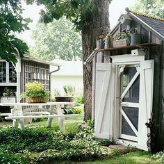 garden shed Playhouse Turned Potting Shed Once a playhouse, this tiny building is living a new life as a garden potting shed. Garden Cottage, Garden Pots, Garden Sheds, Outdoor Rooms, Outdoor Gardens, Outdoor Living, Modern Gardens, Small Gardens, Shed Playhouse
