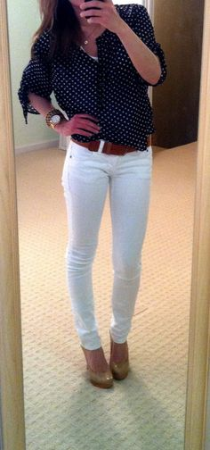 What She Wore 365: navy button-up shirt with white polka dots, white skinny jeans, nude pumps (or use ballet flats)