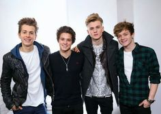 The vamps lookin adorable as usual
