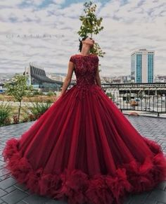 Tulle Appliques Ball Gown Round Neck Prom Dress,Sweet 16 Dresses,Quinceanera Dresses Sweet 16 Dresses for Girls