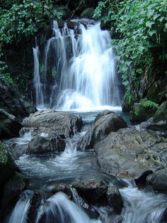 Cachoeira do Couto. Parque Estadual Turístico do Alto Ribeira - PETAR.