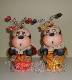Teresinha Paczkowski: biscuit country Clay Crafts, Fun Crafts, Polymer Clay Figures, Cute Clay, Sugar Art, Cold Porcelain, Cake Art, Ladybug, Biscuits
