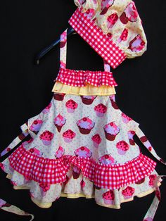 Children Apron and Chef Hat. $45.00, via Etsy. Omg this is soooo darn cute...I must make this for Emily & Ashlin