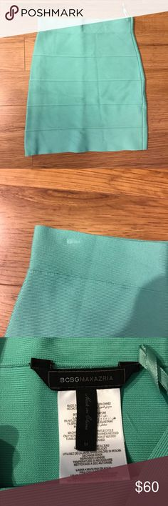 Size M BCBG Simone Bandage Skirt in Turquoise Size M BCBG Simone Bandage Skirt in Turquoise. Photo 2 shows mark on skirt from hanger which can probably be ironed out. No trades please! Skirt also available on other listing in Coral BCBG Skirts Mini