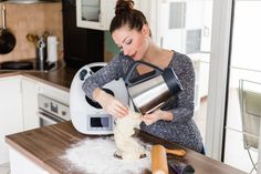 New to Thermomix? Read these top Thermomix tips for beginners to find out how to use your new kitchen machine on steroids to its full potential. Useful tips and practical advice. Healthy Cooking, Cooking Tips, Cooking Recipes, Beginner Cooking, Gourmet Cooking, Cooking Pork, Snacks, Snack Recipes, Healthy Recipes