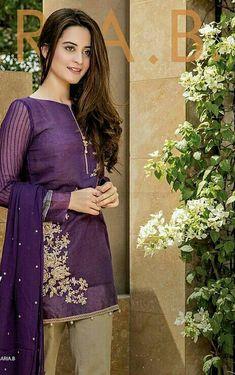 Ideas Simple Dress Pakistani Pakistan For 2020 Asian Wedding Dress Pakistani, Pakistani Fashion Casual, Pakistani Dress Design, Pakistani Outfits, Simple Dresses, Beautiful Dresses, Casual Dresses, Fashion Dresses, Stylish Dresses