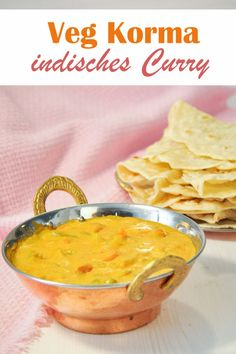 Mild curry with yoghurt and coconut milk. - Indian mild vegetable curry, so-called Veg Korma, with cashews, coconut milk and yoghurt as well as - Pork Recipes, Baby Food Recipes, Slow Cooker Recipes, Indian Food Recipes, Healthy Recipes, Ethnic Recipes, Indian Snacks, Chapati, Korma