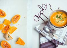 Pompoensoep met appel I Love Food, Good Food, No Cook Meals, Food Styling, Food Inspiration, Soup Recipes, Cantaloupe, Fruit, Cooking