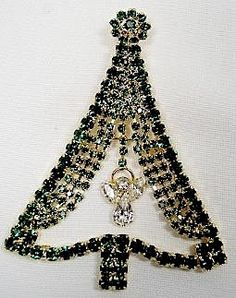 Christmas Tree Pin   Large Rhinestone Christmas Tree Pin