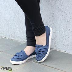 Unique Shoes, Cute Shoes, Shoe Boots, Ankle Boots, Dream Shoes, Online Bags, Beautiful Shoes, Chunky Heels, Casual Shoes