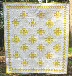 yellow & white quilt. But would look great in red and white.